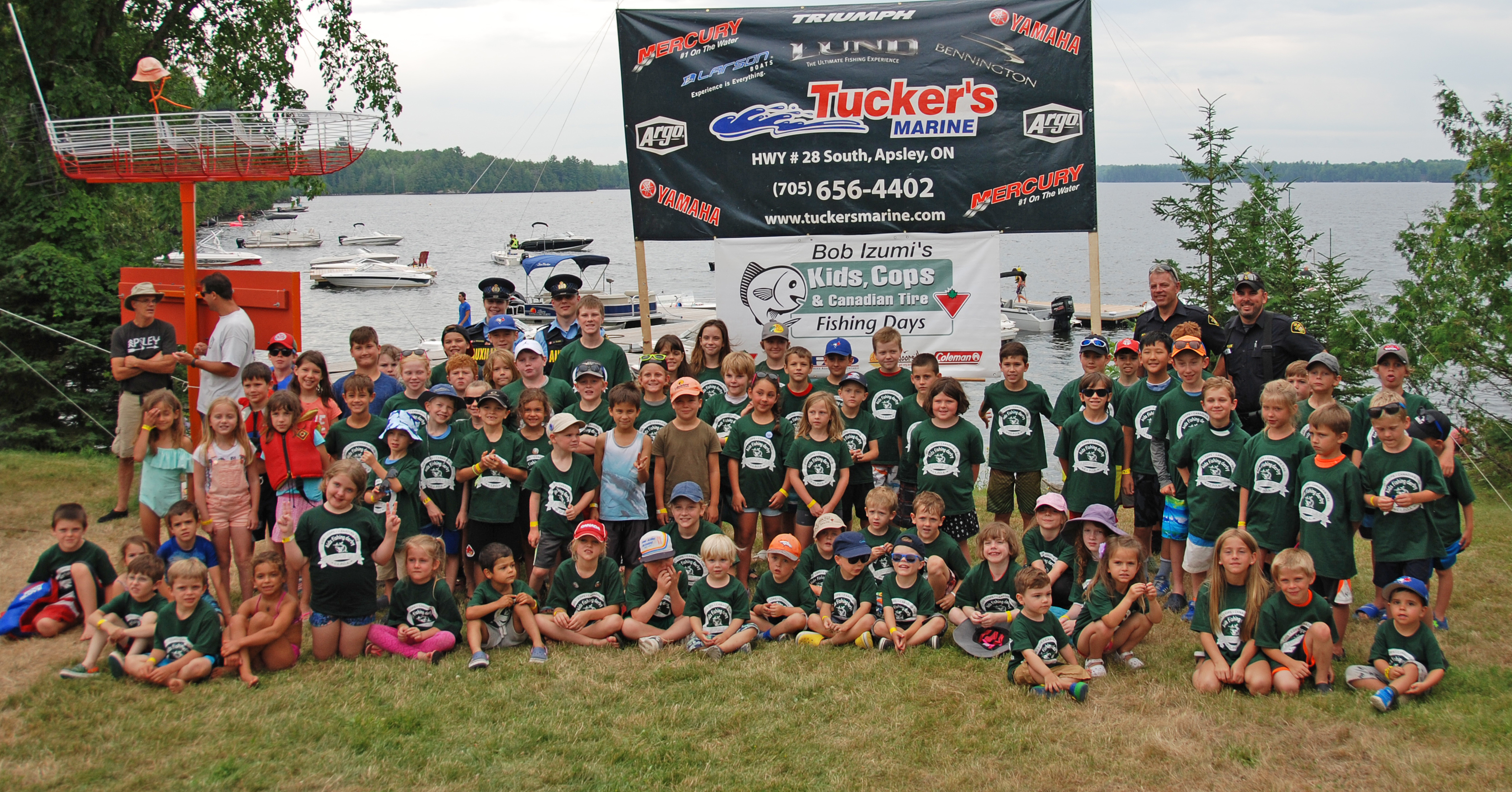 Cops and kids go fishing on chandos lake bancroft this week for Lake link fishing report